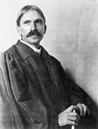 John_Dewey_in_1902